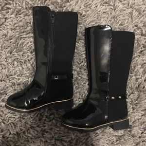 Brand new baby high black boots with gold size 4